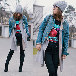 Iva K - H&M Jeans, Zara Knitted Coat, H&M Denim Jacket, Bershka Boots - Casual