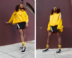 Yara Snow'z - Bershka Yellow Oversized Denim Jacket, Adidas Yellow Hoodie, New Yorker Black Skirt, H&M Yellow Socks With Eye Pattern, Forever 21 Yellow Sunglasses - Yellow on some Yellow