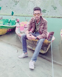 Zain Sidhu - Carrera Glasses, Urban Outfitters Jacket - Sawat valley