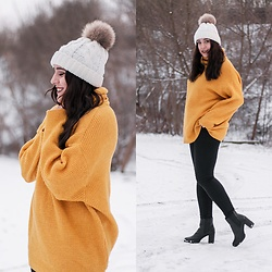 Mone Photos - Stradivarius Yellow Sweaters, H&M Black Boots - Yellow Winter
