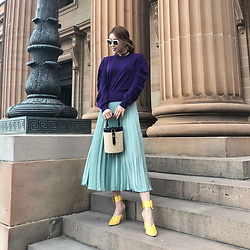 Rekay Style - H&M Pleated Skirt, Raye Satin Mules, Lpa Gia Bag - Spring colors