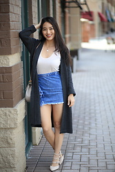 Kimberly Kong - Mo:Vint Gray Cardigan, Chloe Crossbody Bag, J Crew Tank - 4 Winter Pieces that Transition Beautifully to Spring