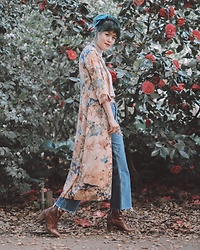 Nancy Qian - Zara Kimono Dress, Reformation Raw Denim Jeans, Free People Hair Bow Clip - Kimono duster