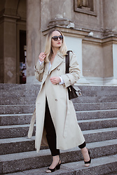 Karolina G -  - Trench coat