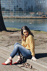 Lyzie McCake - Stradivarius Yellow Shirt, Romwe Yellow Sunglasses, Bershka Red Shoes - Polka Dots & Yellow