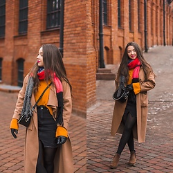Gabriela Grębska - Na Kd Sweater, Lookbookstore Long Coat, Na Kd Skirt, Lasocki Boots, Orsay Bag - Orange sweater
