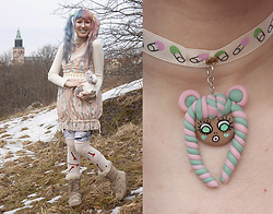 Lindwormmm - Midimishäp Handmade Choker Moody Mascot, Liz Liza Pastel Dress, Black Milk Clothing Leggings, Les Queues De Sardines Arrow Knee Socks, Moonboot Furry, Pastel Ribbons, Accessorize Bunny Bag - I'm an Internet Shopkeeper