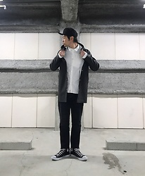 ★masaki★ - New Era La, Stutterheim Jacket, E Level Remake Jeans, Converse Hi, Coltesse Shirts - Rainy streetstyle