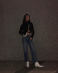Kay Lai - Zara Top, Céline Crossbody, Andotherstories Jeans, Andotherstories Boots - 🌚