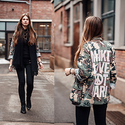 Jacky - Acne Studios Scarf, Asos Boots - Camouflage jacket and black jeans