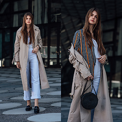 Jacky -  - Trench Coat combined with white pants