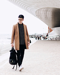 Alex Boyko - Zara Coat, Nike Snapback, Lacoste Shoes, Sunglasses - In future we trust