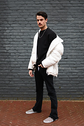 Bart Merks - Weekday Puffy Jacket, Weekday Black Sweater, Levi's® Vintage 501 Jeans, Vans Slip Ons - Checkmate.