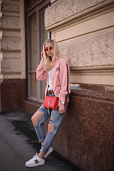 Katie - Ellesse Pink Jacket, Lime Crime Denim Jeans - Street temptation