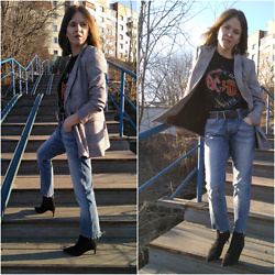 Alla Dolzhenko - Stradivarius Blazer, Jack&Jones Jeans Cutting By Me, Mango Heels, Pull And Bear Ac Dc Tee - ACDC mood