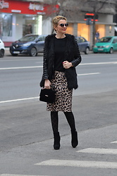 Butterfly Petty - Guess Bag, Lidl Skirt, Zara Sweater, Zaful Jacket - Animal print