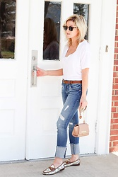 Kim Tuttle - Gucci Horsebit Loafers, 1822 Distressed Jeans, Zac Posen Eartha Mini, Ivy Park Tee, Gucci Belt, Ray Ban Clubmaster - Basically simple