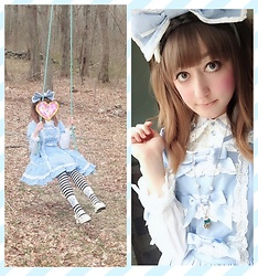 Julia E - Angelic Pretty Dress, Angelic Pretty Bow - Alice!