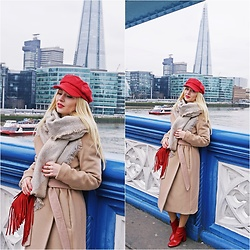 Justyna B. - H&M Coat, Karl Lagerfeld Bag - London Weather
