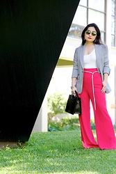 Kristen Tanabe - Veronica Beard Checkered Blazer, Leith Red High Waisted Flare Pants, Topshop Black Purse, Leimere White Bodysuit, Balmain Round Sunglasses, Vintage Silver Snake Belt - Power Red