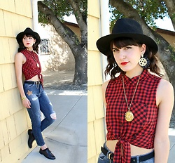 Lexi L - Plaid Button Up Tank, Maryley High Waist Star Jeans, Cole Haan Jagger Weave Oxfords - City Music