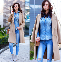 Anna Mour ♥ -  - Camel coat and double denim