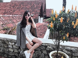 Tess Lively - Forever 21 White Dress, Adidas Shoes, Forever 21 Sunglases - Made my way to the top