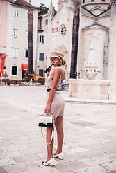 Dragana Savic - Zara Dress, Zara Flats, Zara Bag - Whole look from Zara