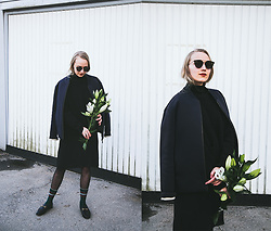 Christa Könönen - Beck SÖndergaard Socks, Gucci Shoes, Dior Homme Sunglasses - 0405 ig @chsnafu
