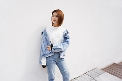 Lina Lee - Slash Dash Denim Jacket, Slash Dash Slogan Plush, Slash Dash Mummy Jeans - Denim Jacket Outfit