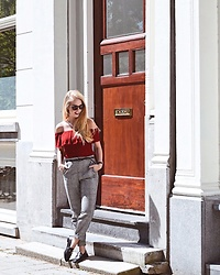 Daphne G - H&M Off Shoulder Top, Only Trousers, Manfield Loafers, Ray Ban Sunglasses - Red off-shoulder and checkered pants