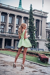 Dragana Savic - Stradivarius Heels, Sorelecastelli Dress - Feel romantic