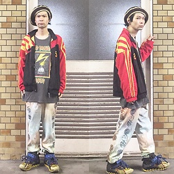 @KiD - Hemp Beret, Adidas Rasta, Obey Bad Brains, Taima Do Phychederic Sweat Pants, Camper Bernhard Willhelm - JapaneseTrash378