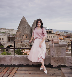 Viktoriya Sener - Chicwish Skirt, Shein Sweater - SUNSET IN CAPPADOCIA