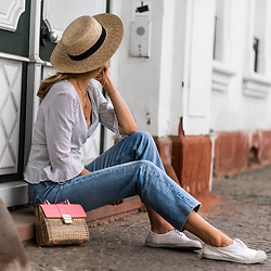 Catherine V. - H&M Straw Hat, Pimkie Wrap Blouse, Levi's® Jeans, Zara Straw Bag, Bensimon Sneakers - THE EASY BREEZY SUNDAY LOOK