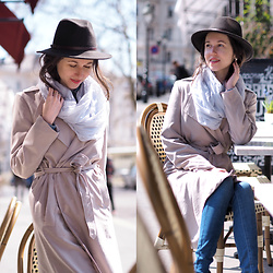 Claire H - Lyvem Trench Coat - Have a break, have a coffee