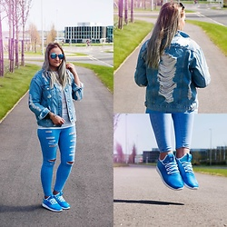Angelika Martko - Topshop Jeans, Adidas Pharrell Williams, River Island Jeans, Zerouv Glasses - PHARRELL WILLIAMS ADIDAS FOOTWAY