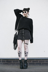 Amy Souter - Primark Oversized Black Jumper, Primark Distressed Denim Mini Skirt, Ebay Leg Harness, Naomi Shu Amy Stardust Platform Boot, Charity Shop Tassel Bag - Back In Black