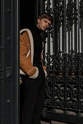 Georg Mallner - Coach Jacket, H&M Pullover, Topman Pants - May 16, 2018