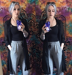 Tessa Goad - Primark Pattern Bottoms, Casetify Phone Case, Primark Sunglasses, Arctic Fox Hair Color, Primark Black Shirt - Dark and dreamy on a sunset day.