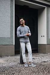 Kevin Elezaj - Adidas Sneakers, Scotch & Soda Pants, Calvin Klein Sweater, Dolce & Gabbana Shades - Grey