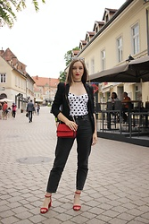 Paula Avalon - Zara White Bodysuit, Zara Mom Jeans, Mango Red Bag - Red spring