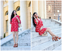 Gilda - Mango Red Flower Dress, Vince Camuto Brown High Heels - Red Flower Dress in Verona, Italy