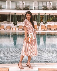 Julia Lundin - Mango Dress, Balenciaga Bag, Topshop Sandals - Catalunya