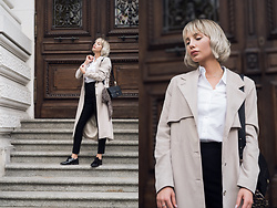 "MONIKA S - Long Trench Coat, Cotton Shirt, High Waisted Pants, Leather Shoulder Bag ""Black Python"", Leather Oxford Shoes, Leopard Print Silk Scarf - STREET LIFE"