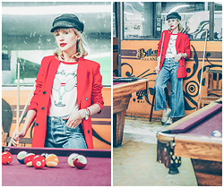 Diana Fontes - Pull & Bear T Shirt, Romwe Blazer - Girls play better