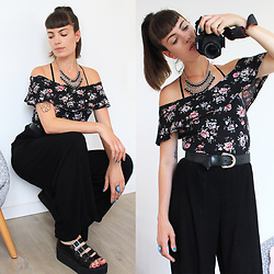 ♡Nelly Kitty♡ - Jennyfer Floral Print Offshoulder Bodysuit, Undiz Black Palazzo Pants, Yru Platform Sandals - OOTD#37