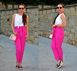 Natalia Uliasz - Rosegal Earrings, Reserved Openwork Top, Reserved High Waisted Pants, Gamiss Pink Bag, Reserved Sandals - Lubię róż! I Już!