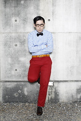 Hedi Wang - Uniqlo Plaid Shirt, United Colors Of Benetton Red Pants, Saint Laurent Oxford Shoes, Groover Spectacles Vintage Optical Glasses, Anderson's Woven Belt - Smart Casual