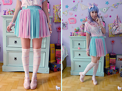 Luly Pastel Cubes - Angelic Pretty Otk Socks, Petite Jolie Jelly, Follow The White Rabbit Bunny Top - Pastel rainbow